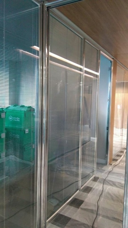 Divisória de Vidro Piso Teto Santa Rosa - Divisória Piso Teto