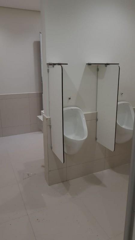 Divisória para Banheiro e Vestiário Preços Guarapuava - Divisória de Banheiro de Vidro