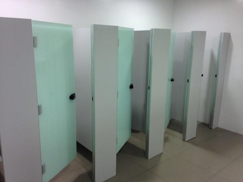 Divisória para Banheiros em Vidro Preços Araguaína - Divisória de Banheiro de Vidro