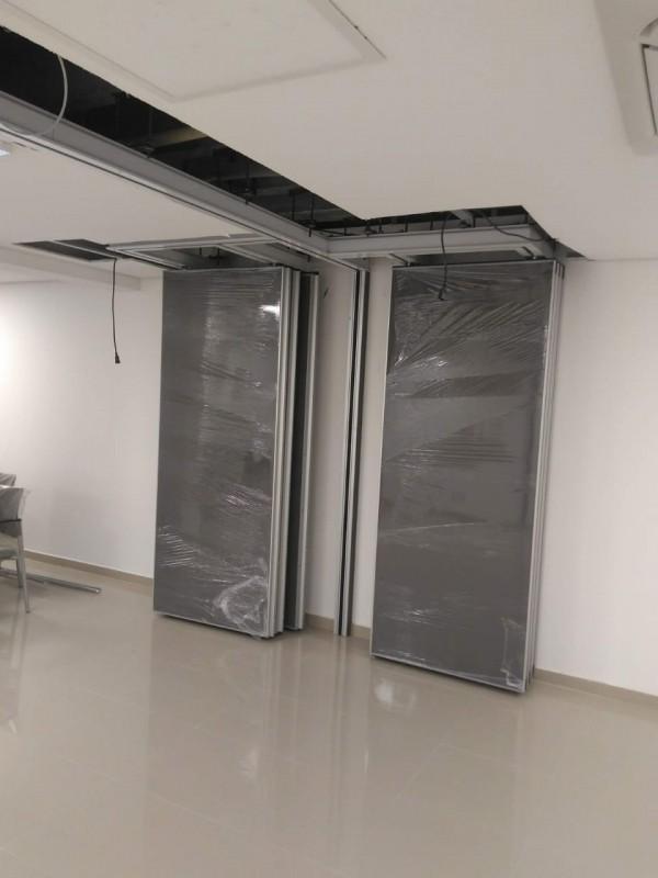 Divisória Piso Teto para Universidade Orçar Estação - Divisória Piso Teto para Empresa