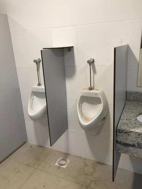 Divisórias de Banheiro Escolar Cerro Grande - Divisória de Banheiro de Universidade