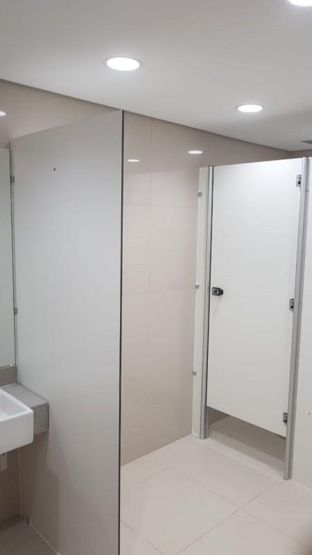 Divisórias de Banheiro Público Gilbués - Divisória de Banheiro de Vidro