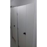 divisória com porta para vestiário melhor preço Bonito