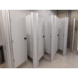 divisória com porta para vestiário Cascavel