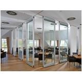 fabricantes de divisória articulada de vidro Manoel Urbano
