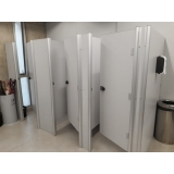 quanto custa divisória de banheiro de universidade Jaguaré