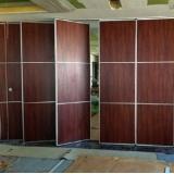 valor de divisória de parede em madeira Poconé